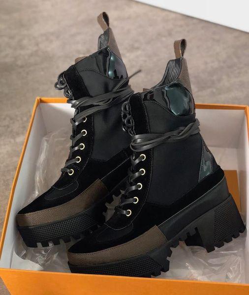 top popular 2021 Women Designer Luxury Boot Martin Desert Boot Flamingos Love Arrow Medal 100% Genuine Leather Coarse Non-Slip Winter Shoes Size US5-11 2021