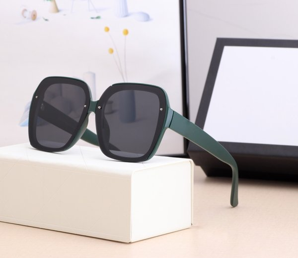 2021 luxury Designer Summer Style temperament women sunglasses super light UV Protection Fahion Mixed Color Come With Box