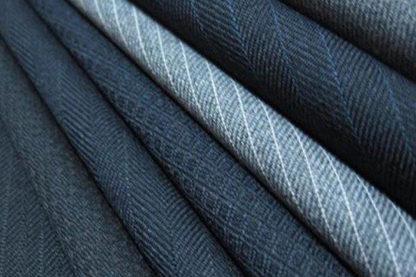 top popular Worsted woolen fabric -100% Wool 2021