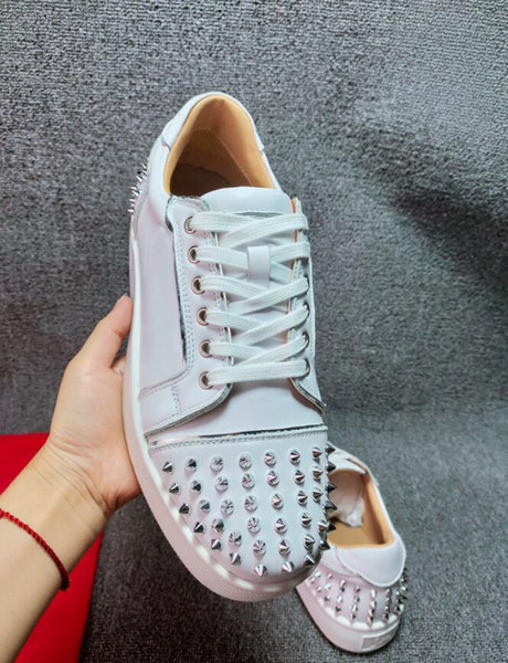 top popular designer luxury jewelry men's spiked shoes leather red sole fashion low top casual shoes high quality wholesale sports shoes outdoor fl 2021
