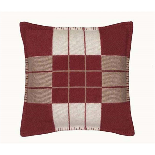 top popular 2021 New h Stripe Letter Brown Gray Wool & Cashmere Knitted Soft for Adults Pillowcase Thread Yarn Dyed Plaid Cushion Cover 45x45cm 1uyb 2021