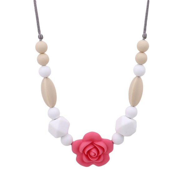 Collana di fiori rosa