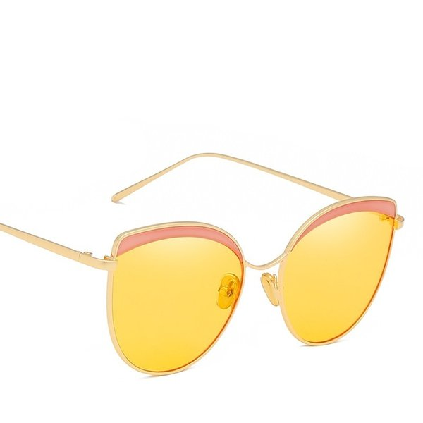 top popular Women Fashion Cat Eye Metal Frame Sunglasses Personality Outdoor Beach Sexy Female Design Master Elaborate Sun Glasses 2021