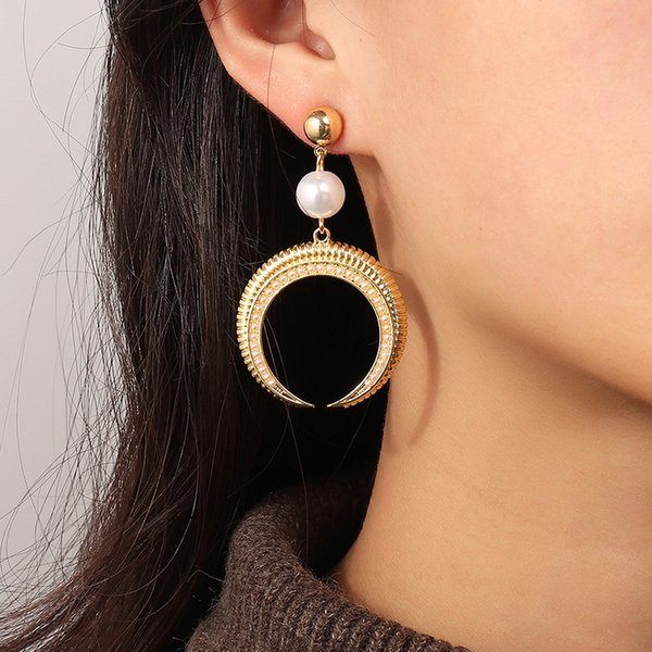 Ez3364 fashion accessories temperament niche design geometric Crescent Moon Earrings Follow the feeling and choose what you like at first sight.