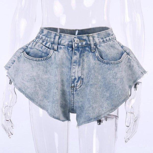 Shorts azuis claros