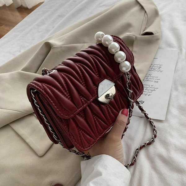 Weinrote Handtaschen