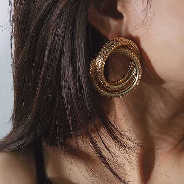 Jewelry personality circle versatile business earrings for women Follow the feeling and choose what you like at first sight.