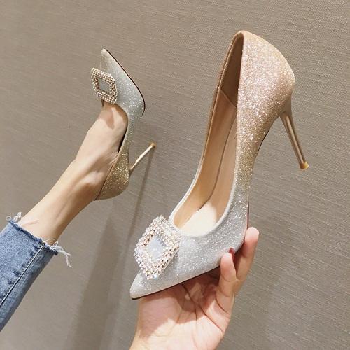 Altura de zapatos de oro 9cm