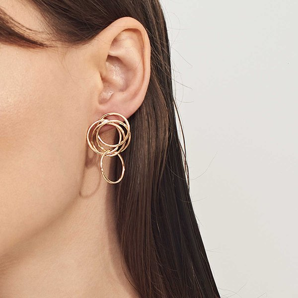 new summer fashion Accessories copper hollow personalized Earrings for women Follow the feeling and choose what you like at first sight.
