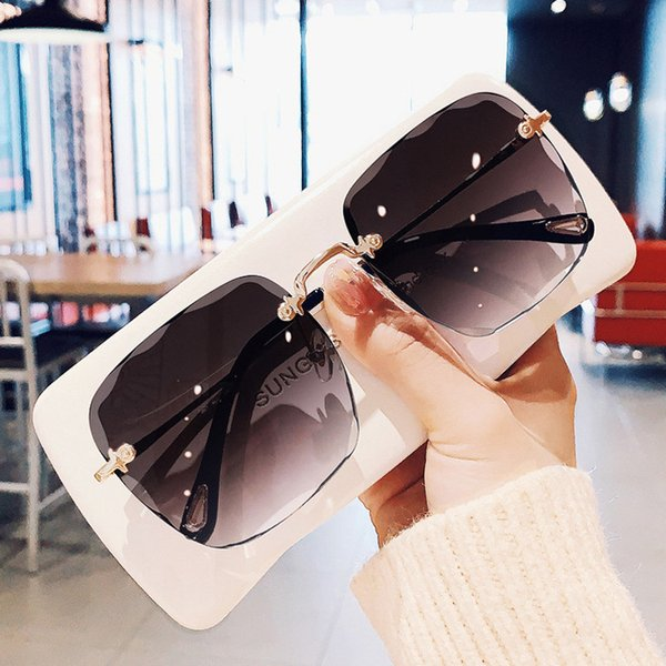 best selling Fashion Square Rimless Gradient Personality Retro Ladies Trimmed Sunglasses New Net Red Street Shooting Glasses