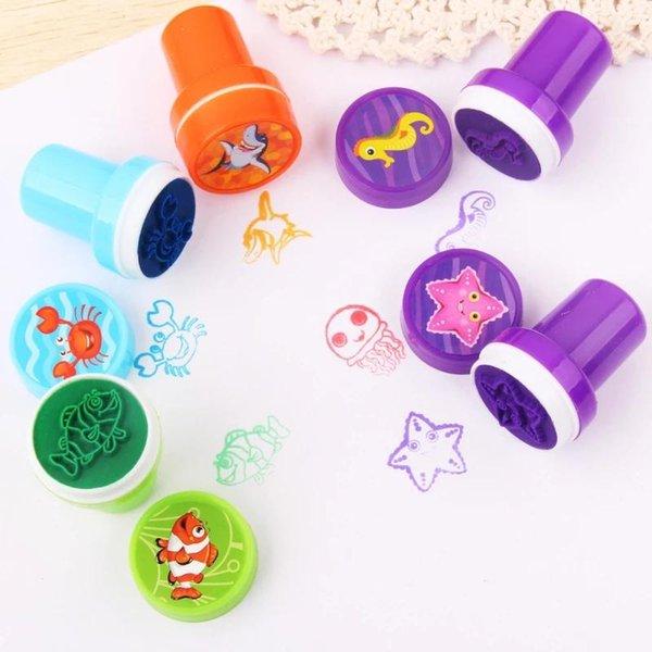 best selling Puzzle game 10pcs set of children's toy stamps cartoon animals and fruits children seal scrapbook stamper DIY cartoon stamper toys