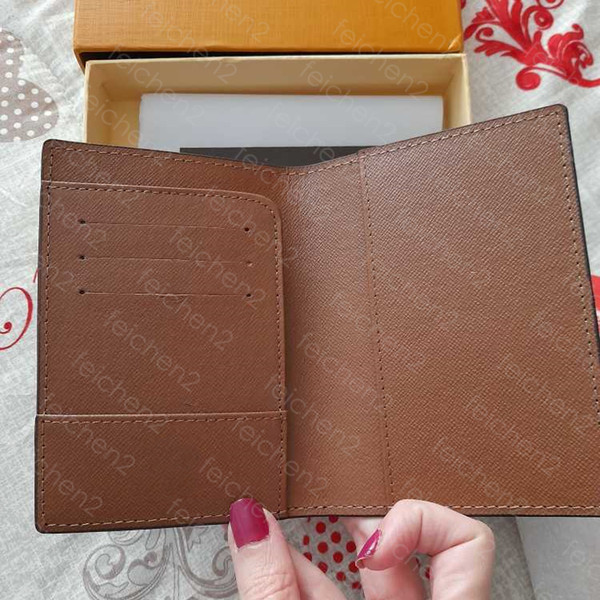 top popular Wallets Holders Women purse leather handbag Clutch passport cover credit card holder men business travel wallet covers for carteira masculina with box 2021