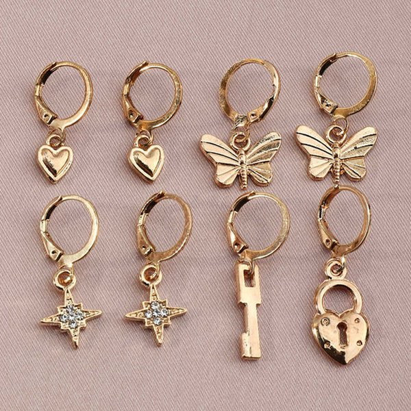Ez2639 fashion accessories temperament exquisite small butterfly love Star awn earrings Follow the feeling and choose what you like at first sight.
