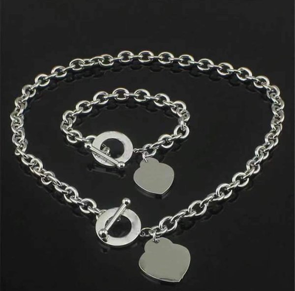 top popular Fashion High version stainless steel initial letter necklace bracelet chains for lady womens Party Wedding Lovers gift jewelry With BOX 2021