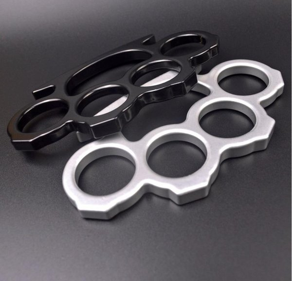 top popular Finger Tiger Four Fingers Handcuffs Protective Gear Ring Iron Portable Equipment Rings Buckle Hand Brace Defence Fist 2021