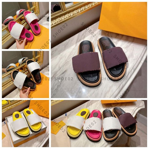 top popular Clearance sale woman slipper fashion lady Sandals Beach Thick bottom Sell Well slippers platform Alphabet Rubber High Quality slides By shoe02 02 2021