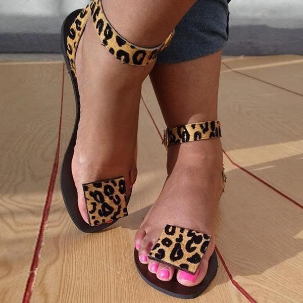 NAN JIU MOUNTAIN 2020 Women Summer Flat Sandals Sexy Leopard Print Handmade Open Toe Sandals Flip-Flops Plus Size 35-43 MX200407