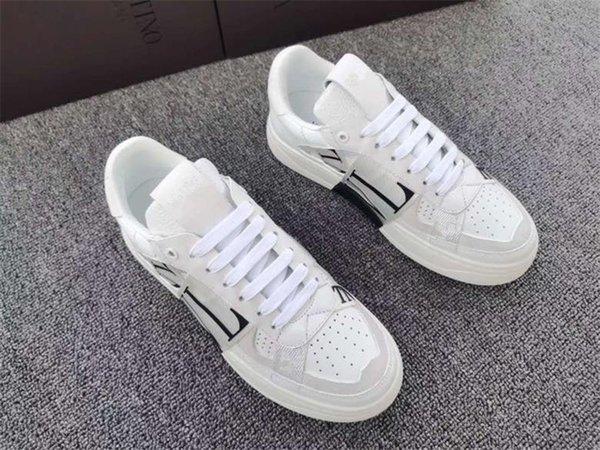 2021 High quality Designer Shoes Brand Men Women Run Away Shoes France Brand Men Women Sneakers Loafers 39-45