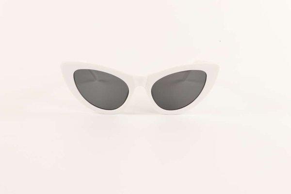 Marco blanco sólido y tableta gris negra.