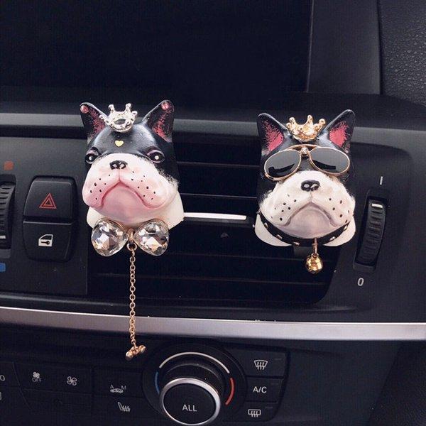 top popular Creative Couple Bulldog Car Air Freshener Gypsum Perfume Auto Air Conditioner Outlet Fragrance Clip Aromatherapy Decor Ornaments 2021