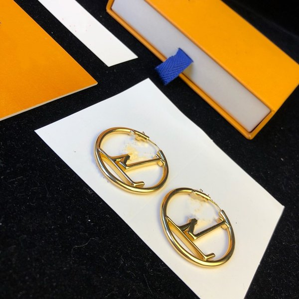 top popular 2021 Hot designer earrings Fashion gold hoop earrings for lady Women Party earring New Wedding Lovers gift engagement Jewelry for Bride 2021