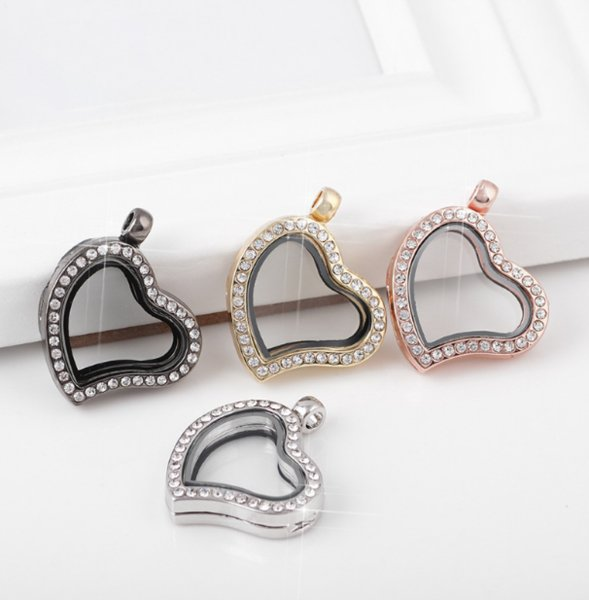 top popular Heart love Floating locket DIY Jewelry Living Memory photo glass crystal frames open charm floating lockets pendants for necklace -P 2021