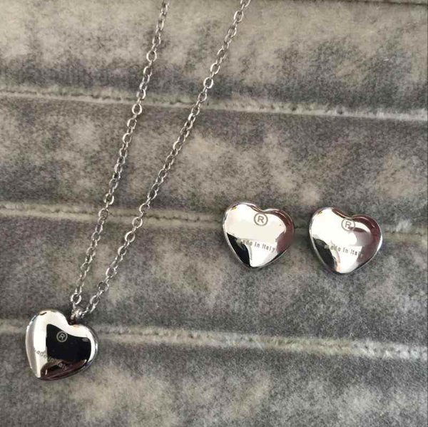 best selling High Polished Classic Design Women Earrings Necklace Stainless Steel Gold Silver Rose Sets Heart Love Pendant Fashion Jewelry Wholesale