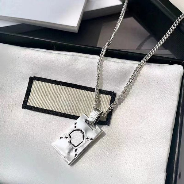 top popular Long Section Desingers Necklace Fashion Charm Retro Style Top Quality Silver color Leisure Pendants for Unisex Jewelry Supply good nice pretty 2021