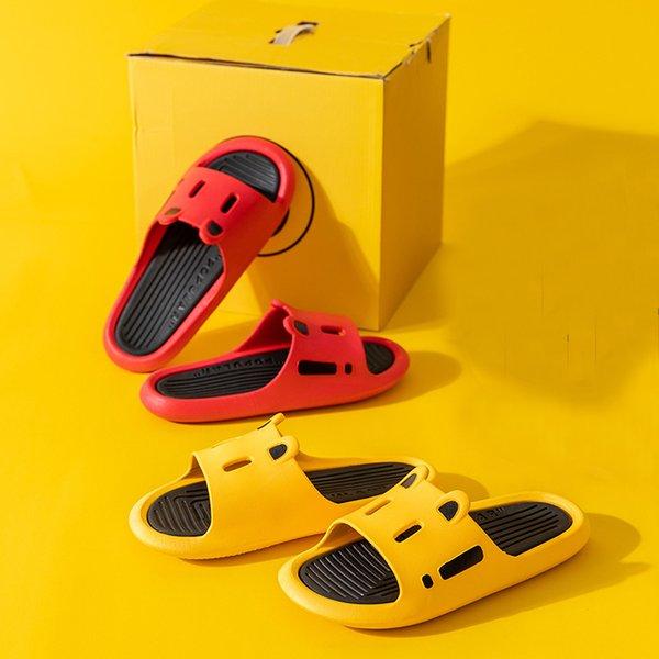 2021 Shower Sandal Slippers Quick Drying Bathroom Slippers Thick Bottom Outdoor Slippers Slide Shoes Women Men Home