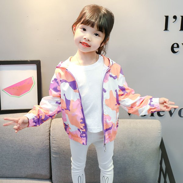 INS HOT baby girls coat 2-9 years old childrens outdoor jacket hooded trench coat Childrens clothing Cartoon camouflage