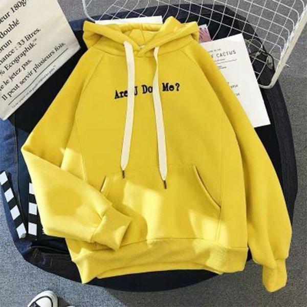 Velvet amarillo más