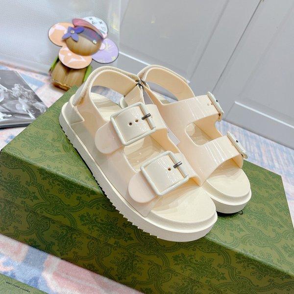 best selling 2021 Designer Flat bottom summer Luxury women sandals Fashion leisure time metal buckle ladies mens Brand sandal Back Strap comfortable High Quality Roman shoes