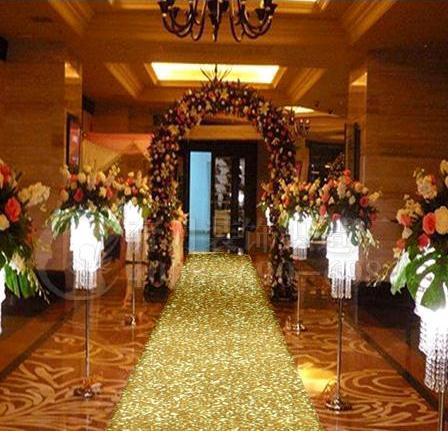 New Arrival 10 m per roll 1m Wide Gold Pearlescent Wedding Carpet T station Aisle Runner For Wedding Party Decoration Props Supplies