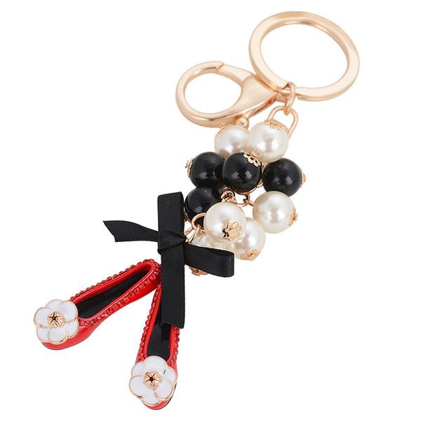 Cuentas de perlas Flattie zapatos de aleación llavero titular anillo creativo llavero colgante joyería monedero HandBag vendedor promoción regalo
