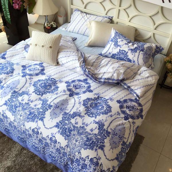 2016 Vintage 4pcs Bedding Sets High Grade Cotton Satin Floral Beddings Blue  And White Porcelain Pattern