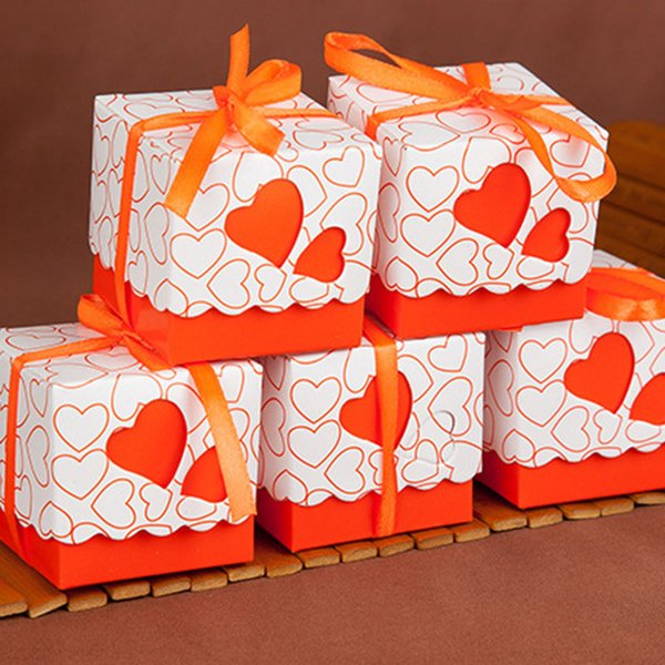 in vendita Scatola di caramelle a forma di cuore Bomboniera a forma di cuore Scatole di imballaggio Scatole regalo di pizzo quadrato per il compleanno Articoli natalizi 240151