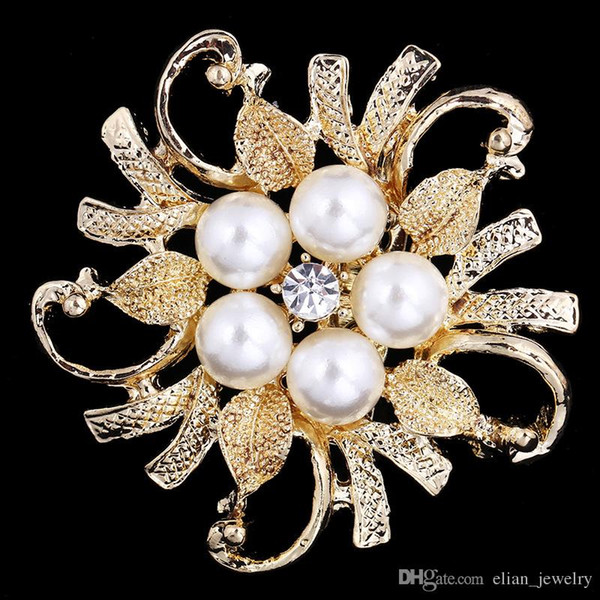 Cheap Pearl And Crystal Rhinestone Flower Brooch Gold Plated Wedding Bridal Bouquet Flower Brooch Women Costume Corsage