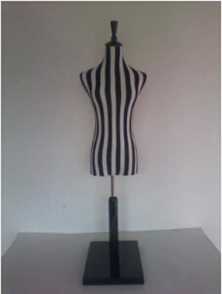 Großhandelsqualitäts Fehlschlagmodell freihändige Schwarzweiss-Streifen, Friseurmannequinkopf, Mannequins womenM00028