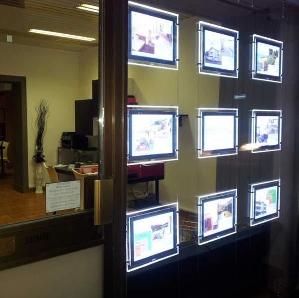6PCS agente immobiliare / agente di viaggio finestra appeso acrilico display a LED Poster Frame Double Sided A3 Light Boxes