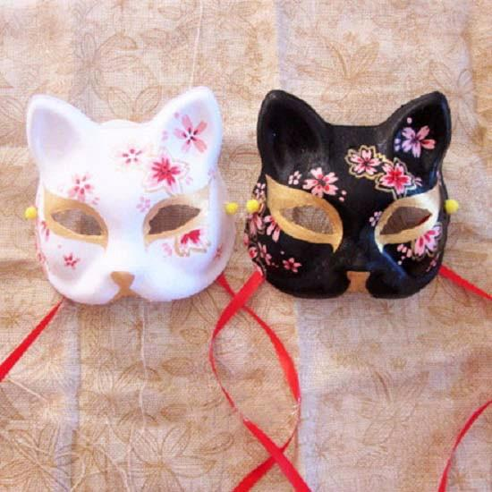 1 Pcs Upper Half Face Japanese Hand-Painted Fox Masks Kitsune Cosplay Masquerade Black Whie Color for Party Halloween Carnival