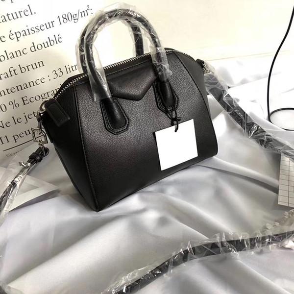 Schwarz 22 cm