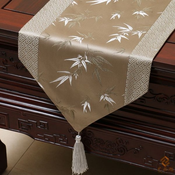 best selling High End Patchwork Chinese knot Luxury Modern Table Runners Damask Bamboo Decorative Table Cloth Christmas Bed Runner