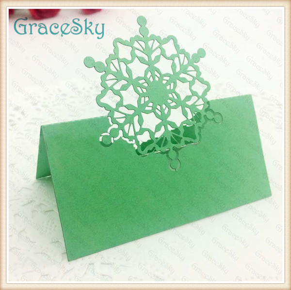 50pcs/lot Free Shipping Snowflake Design Wedding Invitation Laser Cutting Place Seat Name Wedding Christmas Paper Table Decorations Card
