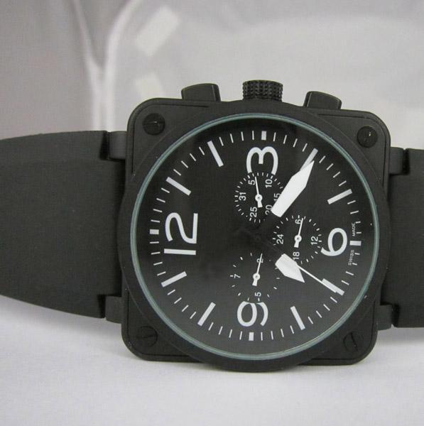 Orologio meccanico automatico degli uomini di lusso all'ingrosso Brand New Black Rubber Day Date Swiss Vintage Square Antique Mens Dress Wristwatch Gifts Box