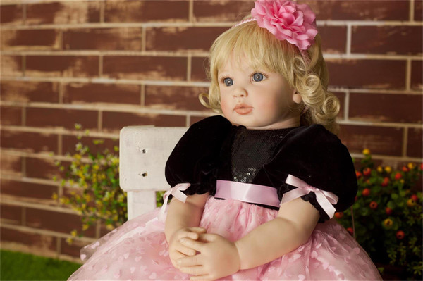60 cm Üst düzey Vinil Silikon Reborn Baby Doll Oyuncak Yenidoğan Kız Bebekler Prenses Bebek Doğum tatili armağanı Bedtime Evi Oyuncak Aksesuar oyna