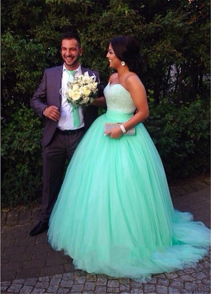 2015 Mint Green Wedding Dresses Ball Gown Soft Tulle Sweetheart Beaded Custom Made Plus Size Bridal Gowns Cheap