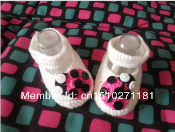 Crochet pattern baby shoes Soft white Ladybug infant knitted first walker shoes 0-12M baby shoes custom