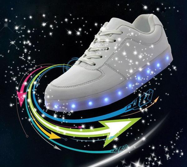 Acheter LED Chaussures Lumineuses Hommes Femmes Mode Baskets USB Recharge Éclairer Des Baskets Pour Adultes Colorés Lumineux Chaussures De Loisirs