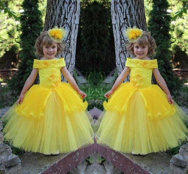 Nette helle gelbe 2019 Blumen-Mädchen-Kleider für Hochzeits-Tüll-Ballkleider mit Spitze Applique bördelt kleine Mädchen-Festzug-Party-Kleider