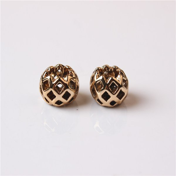 Lega di fascino Bead Net protezione placcato oro moda donna gioielli Stunning Design stile europeo per la collana di bracciale Pandora